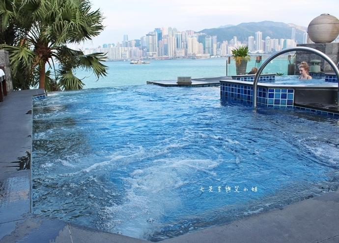 5 洲際酒店 InterContinental 閃躍維港 3D光雕匯演