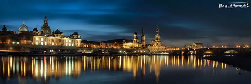 Dresden in a mirror