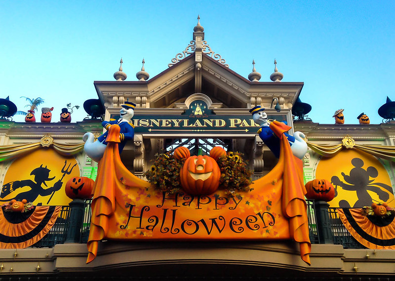 Disneyland Paris Welcomes Guest for Halloween
