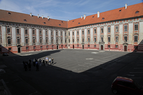 Roudnice courtyard