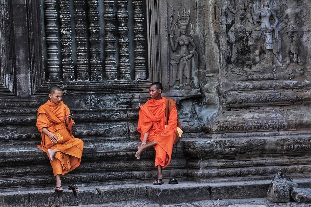 Monk and Angkor wat