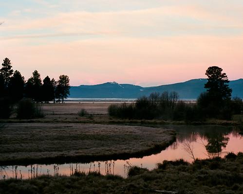 mountains film oregon sunrise kodak nikkor crookedcreek 50mmf18 nikonf4 afd fortklamath ektar100