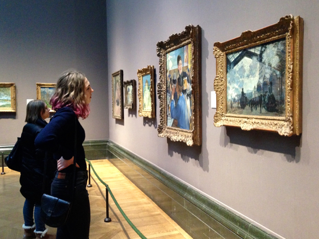 Looking at paintings in the National Gallery, London