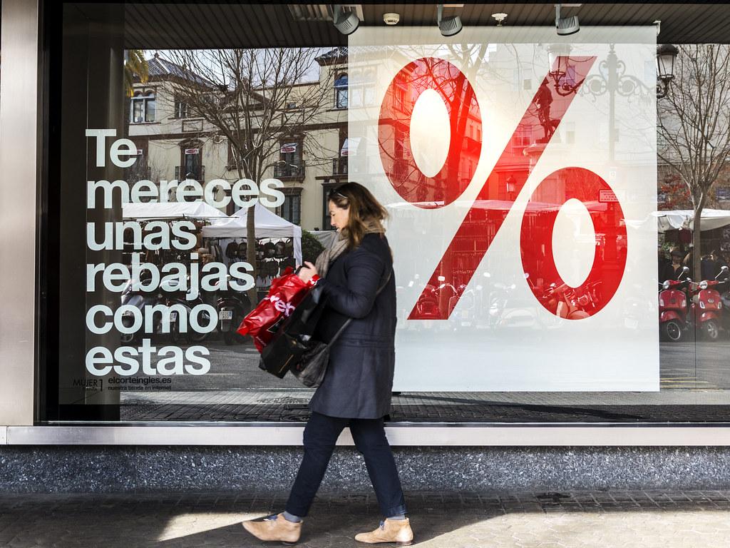 Sevilla streets: Discounts