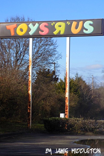 Toys R Us -- Knoxville Center Mall