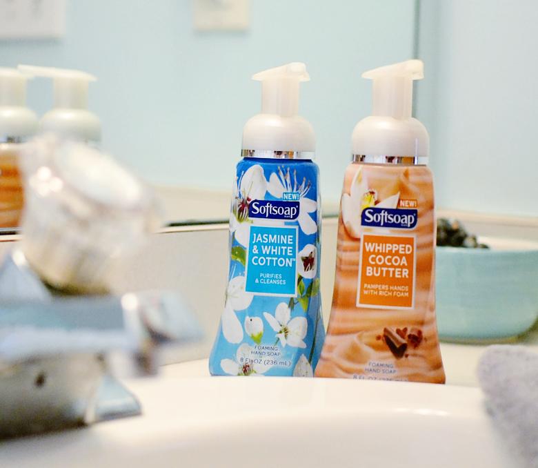 Softsoap premium foaming hand soap