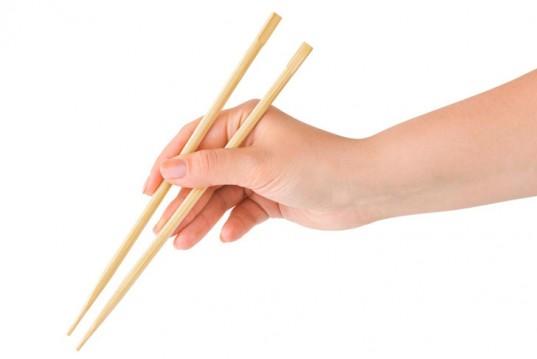 disposable-chopsticks-537x359