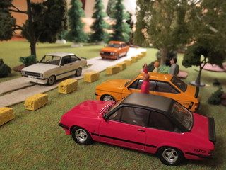 Mk II RS Escorts in 1:43 | by IFHP97
