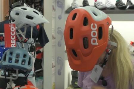 Bike SNOW tour speciál (1): jak vybrat cyklistickou helmu?