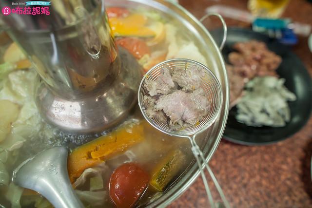 埔里小吃-埔里美食-深水步蚵學院海鮮炭烤