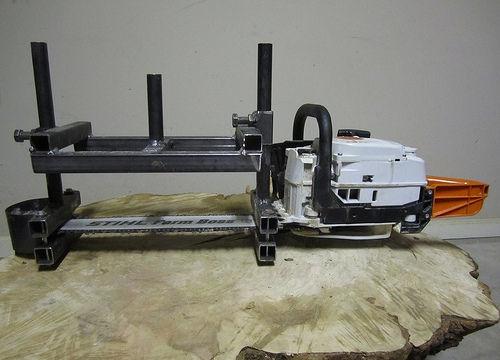 Making a chainsaw sawmill
