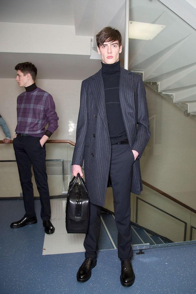 FW15 Paris Hermes314_Henry Kitcher, Connor Paterson(fashionising.com)