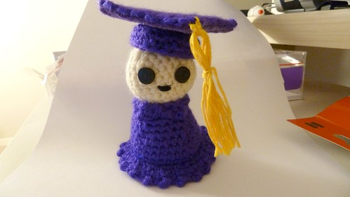 graduation_cap-and-gown