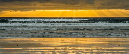 ocean orange yellow sunrise golden meer wave tenerife teneriffa sonnenaufgang canaryislands wellen elmedano kanarischeinseln ozean simplysuperb nikond7000