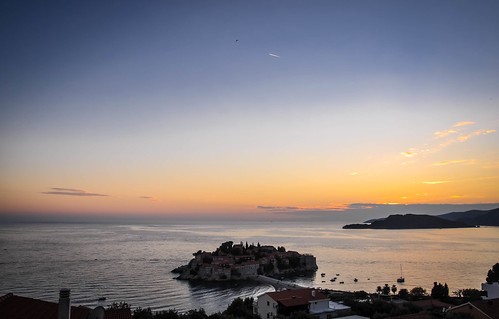 sunset sea summer sky panorama costa landscape evening coast twilight nikon scenery mediterraneo tramonto mare estate view dusk postcard august stefan agosto cielo balkans polarizer paesaggio mediterraneansea cartolina montenegro sera adriaticsea adriatico crepuscolo 2014 balcani marenostrum crnagora svetistefan sveti marmediterraneo polarizzatore southeasterneurope стефан maradriatico d5000 црнагора свети светистефан santostefanodipastrovicchio ccr358 nikond5000