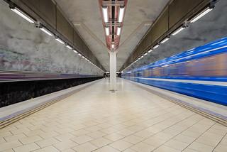 Rissne metro station