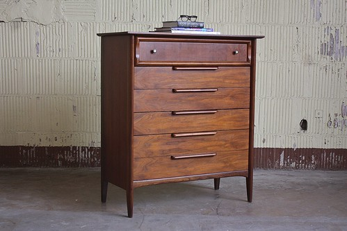 Riveting Ramseur Midcentury Modern Tall Walnut Dresser Chest of Drawers (U.S.A. 1960s)