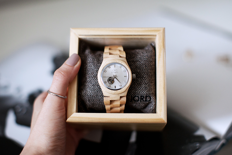 watch-made-of-wood-fashion-blog