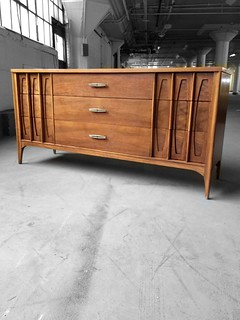 ***ON DECK*** Kent Coffey Townhouse Midcentury Modern Long Triple Dresser (U.S.A., 1960s)