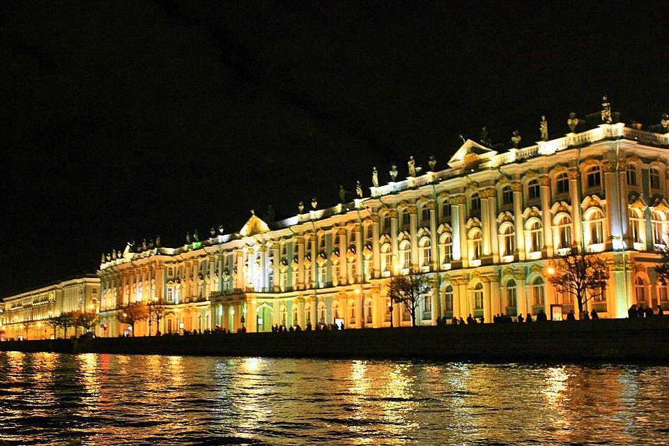 #Russia #Russiatravelblog #Travelbloggerindia #Russiatourism #StPetersburg #StPetersburgtourism