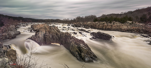 Great Falls in Winter (Panorama) by Geoff Livingston