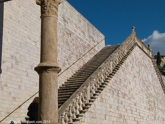 Assisi - San Francesco, Treppe