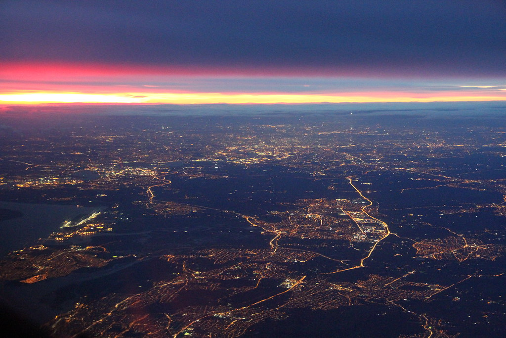 approaching London a few minutes after sunset