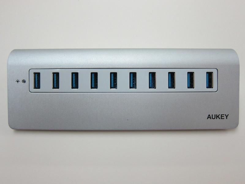 Aukey 10-Port USB 3.0 Hub - Front