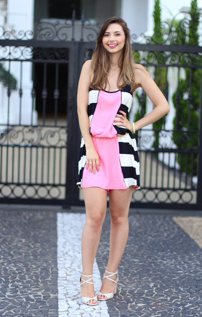 05-look do dia vestido rosa com listras sly wear