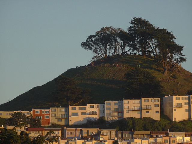 Grand View Park, POV 1333 26th Avenue; The Sunset, San Francisco; December 25, 2014