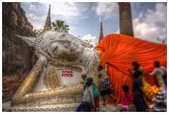 Thailand: Covering Buddha