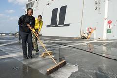 floor(0.0), asphalt(0.0), flooring(0.0), vehicle(1.0), cleanliness(1.0),