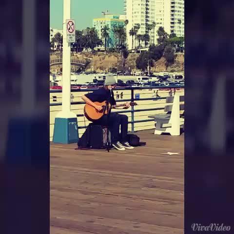 Video taken on Santa Monica pier. Talented musician. #losangeles #socal #music #travel #visit #LA