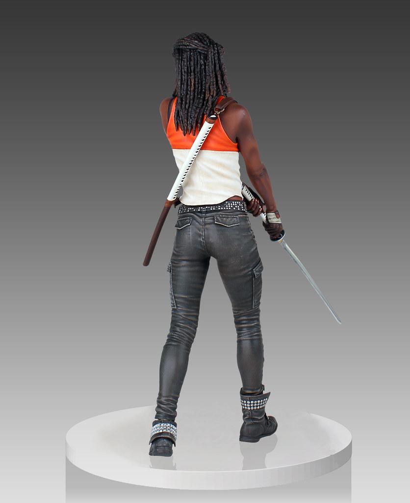 Gentle Giant 陰屍路【米瓊恩】Michonne 1/4 比例 揮舞武士刀 全身雕像