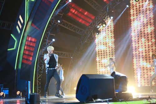 Taeyang-YoungChoiceAwards2014-Beijing-20141210_-153