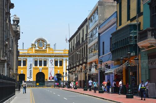 Auf dem Weg zur Casa de la Literatura Lima