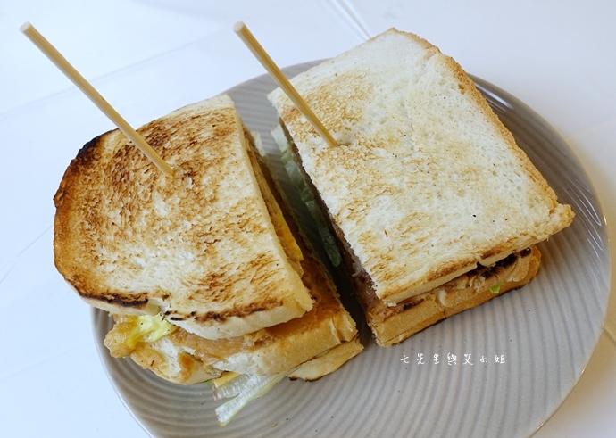 6 板橋萬粟華碳燒三明治