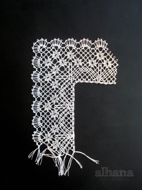 Flowered lace