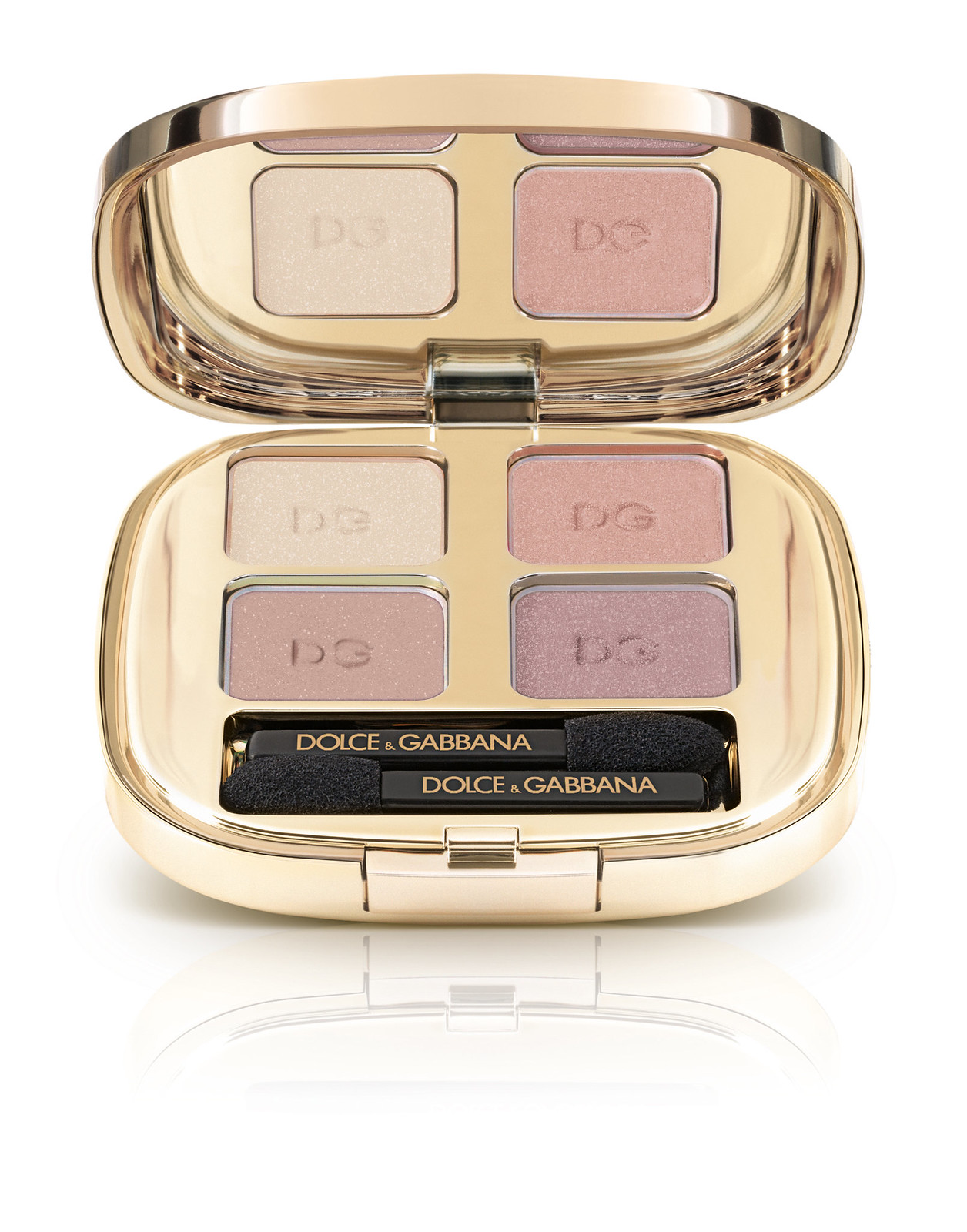 Eyeshadow-quad_Spring-Collection-15_TENDER_121_pack-shot_high-res