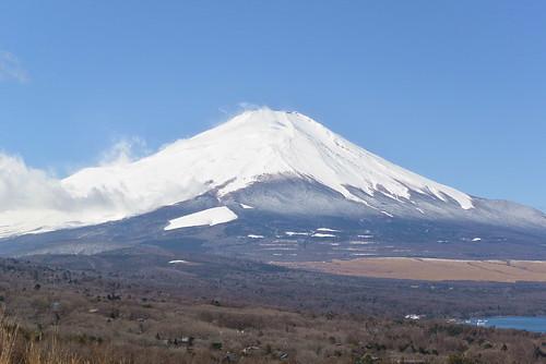 ★3月の富士山と★塩山のザゼンソウ(座禅草)