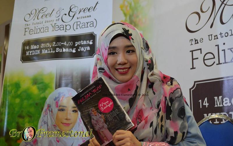 Majlis Meet & Greet  Bersama Felixia Yeap (Rara) dan Pelancaran Buku #AmoiBerhijab