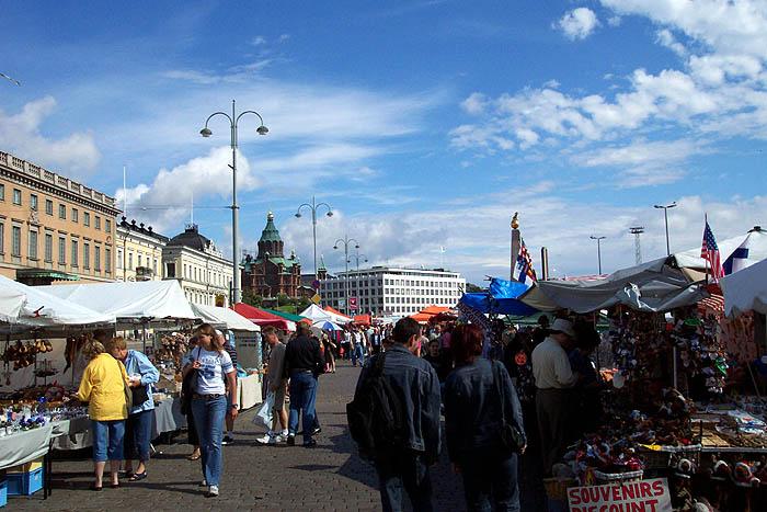 Mercado callejero en Helsinki. © Paco Bellido, 2005