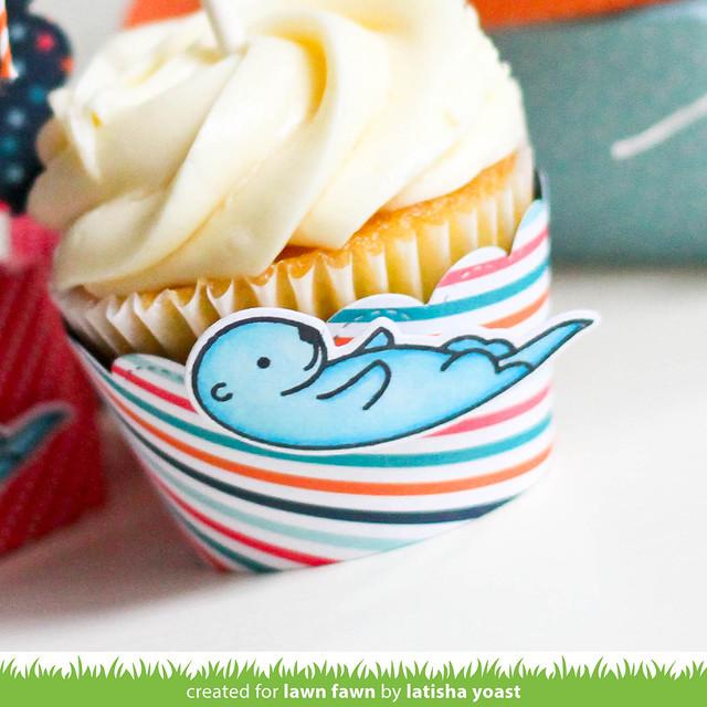 5thbday_cupcakewrapper_LatishaYoastwm