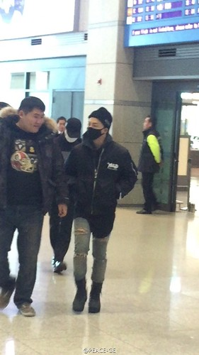 Big Bang - Incheon Airport - 07dec2015 - PEACE-GE - 11