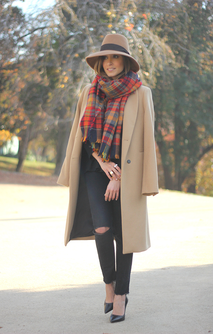 http://www.besugarandspice.com/2014/12/camel-coat.html