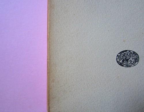 L'entrata in guerra, di Italo Calvino. Einaudi 1954. [Progetto grafico di Albe Steiner]. Copertina (part.), 5