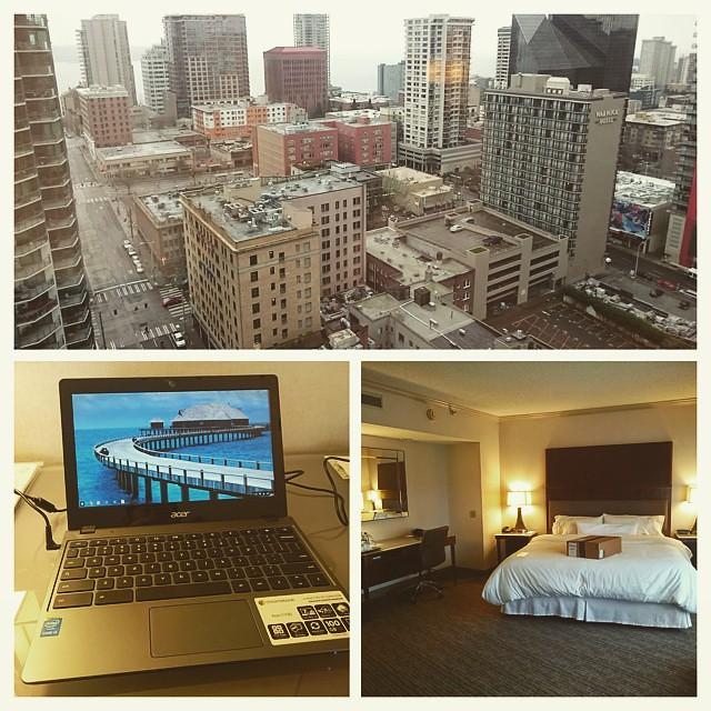 Photo:ホテルにチェックイン完了。今回のシアトルの宿は Westin Seattle でござる。  事前に Amazon.com で注文してあった Acer Chromebook も無事届いてるしいい感じのスタートだ! By ayustety