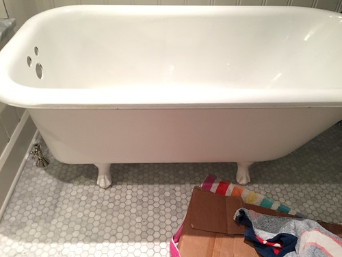 Going ROG With Cleaning On Our Clawfoot Restoration Old Town Home - Clawfoot bath restoration