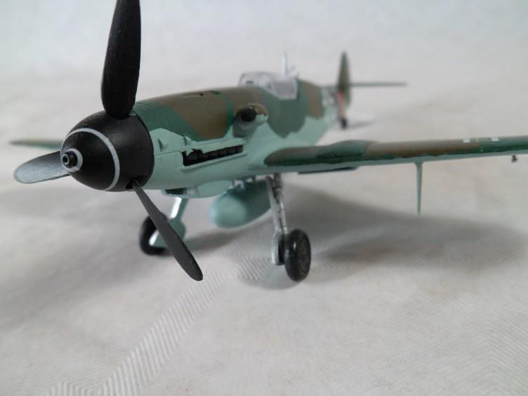 Messerschmitt Bf109 G-10 [Revell 1/72] 15900338026_dea08be708_b