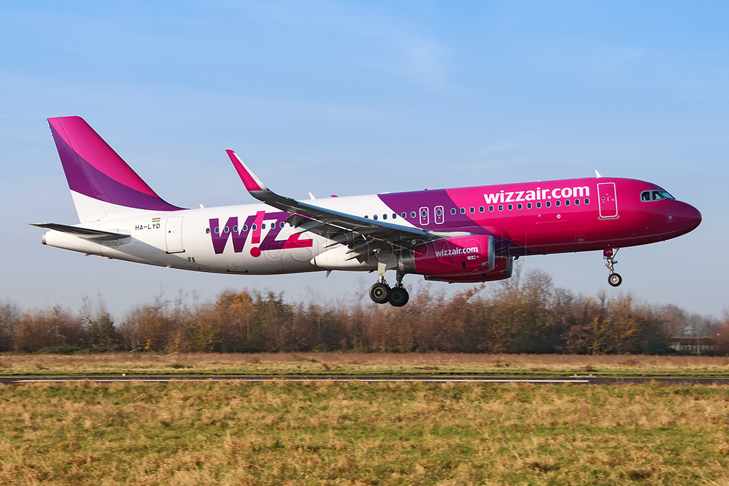 HA-LYD - A320 - Wizz Air